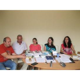 """Деца от """"Чисти сърца"""" се учат на добри колегиални и бизнес отношения от възрастните"""