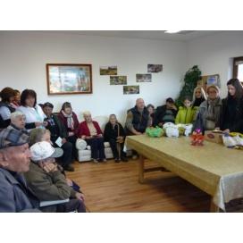 """""""Чисти сърца"""" бяха на гости при бабите и дядовците в село Фатово"""